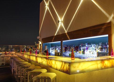 ريجنسي بالاس عمان - U Roof Lounge at Regency Palace Amman
