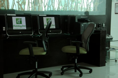 Holiday Inn QUERETARO ZONA KRYSTAL - Business Center