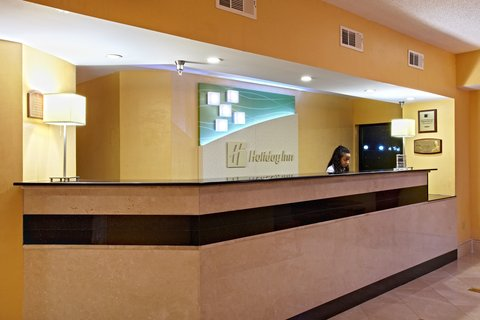Holiday Inn BILOXI - Front Desk