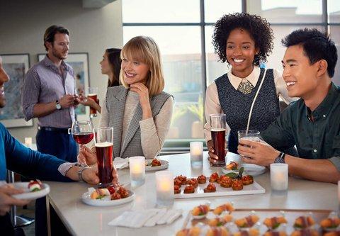 Residence Inn Dallas Market Center - Local Flavors - Residence Inn Mix