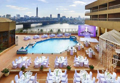 拉姆西斯希爾頓酒店 - Outdoor Pool Terrace Wedding