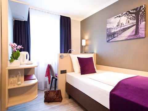 Leonardo Hotel Frankfurt City Center - Single Room
