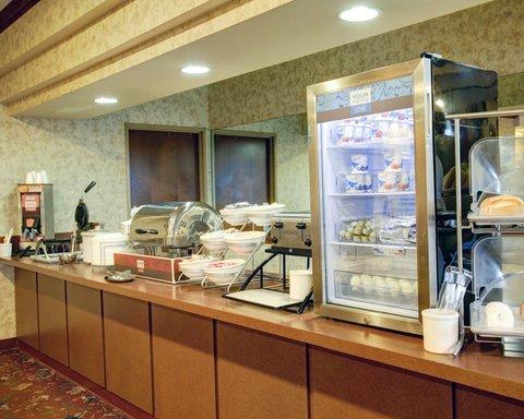 Comfort Suites Waco - Breakfast Buffet