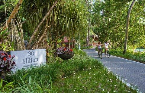 Hilton Seychelles Labriz Resort And Spa - Couple Cycling