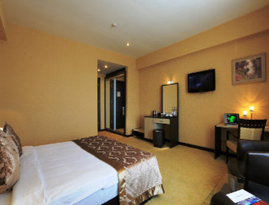 Days Hotel Baku - 1 Double Bed Business Room