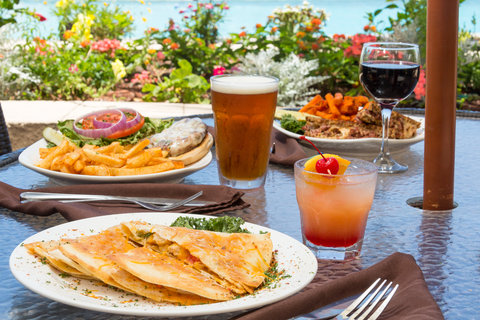 Holiday Inn Resort DAYTONA BEACH OCEANFRONT - Trio of Lunch Entrees Served on our Ocean Front Deck