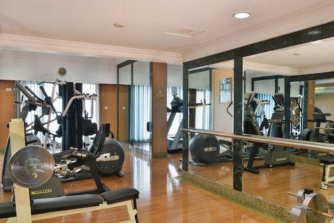 The Gateway Hotel Akota - Active Studio