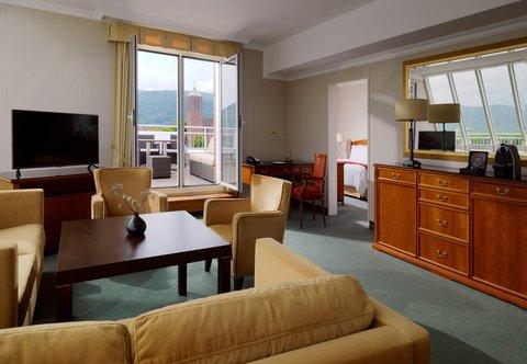 Heidelberg Marriott Hotel - Executive Suite - Living Room
