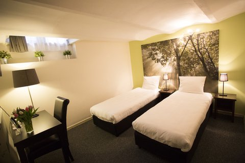Quentin England Hotel - Twin Room