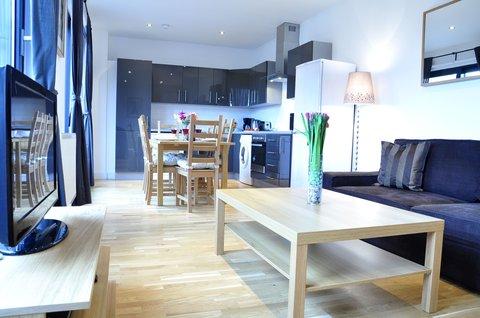 Whitechapel Central Apartments - Three Bedroom apartment