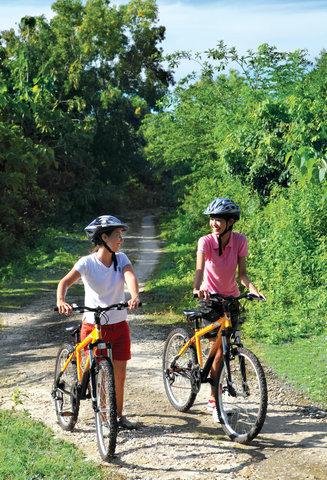 بانيان تري أونغاسان - Cycling