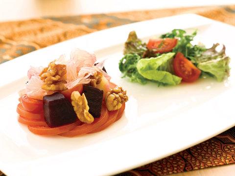 بانيان تري أونغاسان - Bambu Green Salad