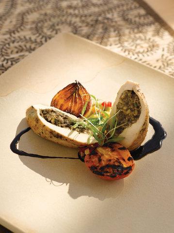 بانيان تري أونغاسان - Tamarind Oven Roasted Chicken Breast
