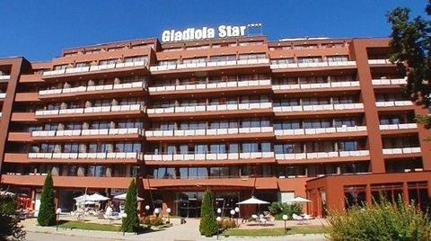 Gladiola Star - Exterior