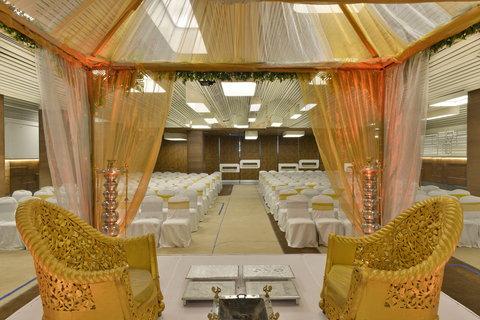 The Gateway Hotel Akota - Wedding
