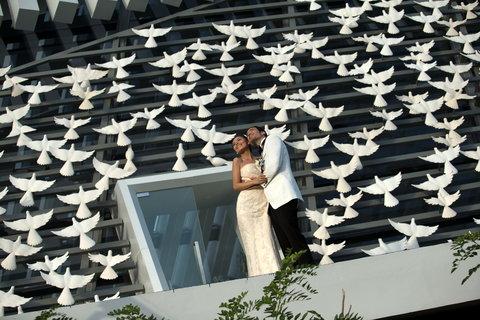 بانيان تري أونغاسان - Couple on theDove3