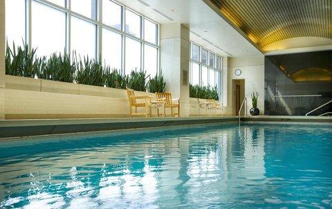 Embassy Suites Chicago DowntownLakefront - Indoor Pool
