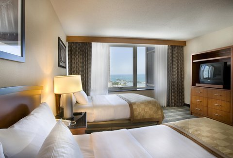 Embassy Suites Chicago DowntownLakefront - Lakeview Suite