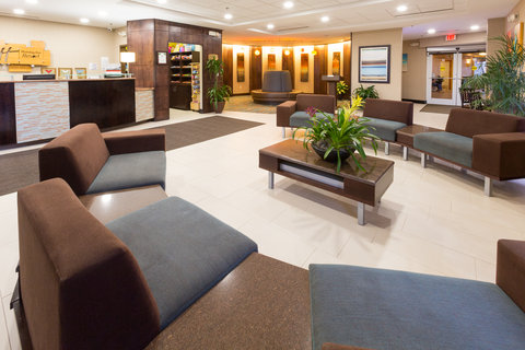 Holiday Inn Resort DAYTONA BEACH OCEANFRONT - Contemporary Lobby features ample and comfortable seating