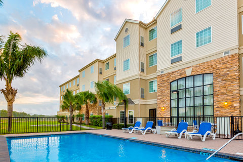 Staybridge Suites BROWNSVILLE - Swimming Pool