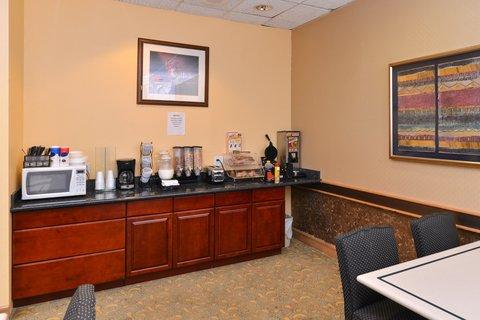 Americas Best Value Inn / I-45 North Houston - Breakfast Area