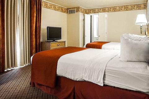 Quality Inn & Suites Albuquerque - NMNQQ