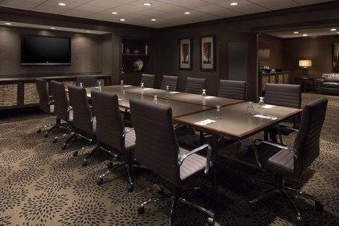 Holiday Inn Hotel & Suites DES MOINES-NORTHWEST - Iowa Boardroom