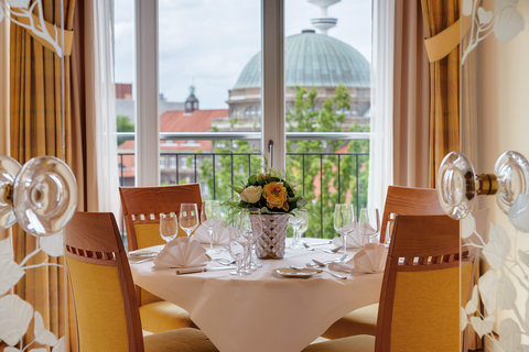 غراند إيليسي هامبورغ - Corner Suite at Grand Elys e Hamburg