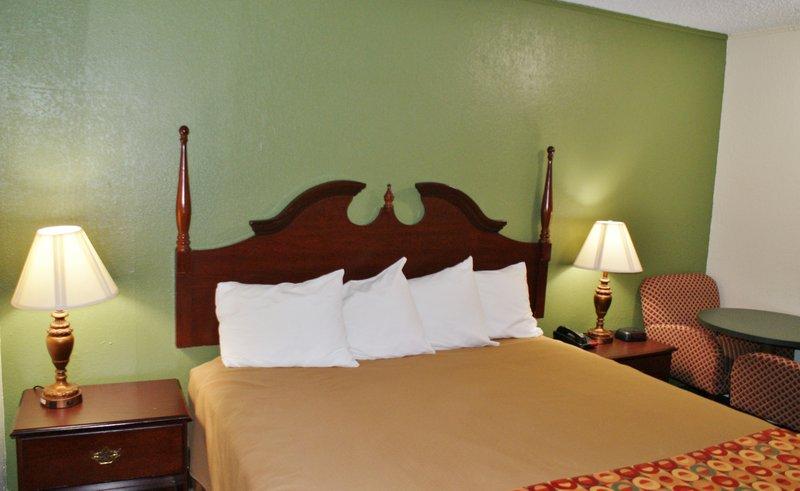 Americas Best Value Inn-Fort Jackson