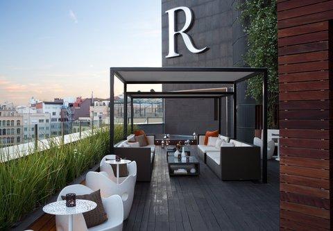 Renaissance Barcelona Hotel - Rooftop Terrace