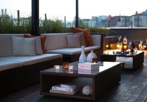 Renaissance Barcelona Hotel - Rooftop Terrace Sitting Area