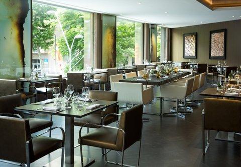 Renaissance Barcelona Hotel - CRU Restaurant   Steakhouse Private Dining Setup