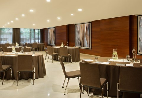 Renaissance Barcelona Hotel - Diamant Rounds Setup