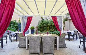 Enjoy breakfast, lunch and dinner in our guest patio