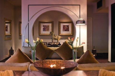 فندق موفنبيك بوابة ابن بطوطة - Suite