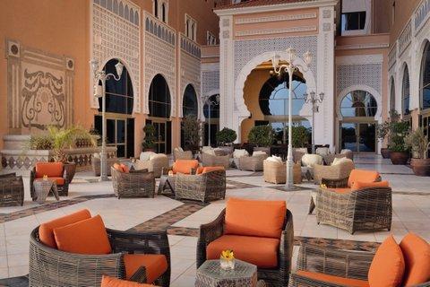 فندق موفنبيك بوابة ابن بطوطة - Bar Lounge