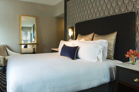 Allegro Chicago A Kimpton Htl - Suite Bedroom Bed