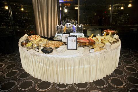 Holiday Inn Chicago Mart Plaza Hotel - Buffet in Wolf Point Ballroom