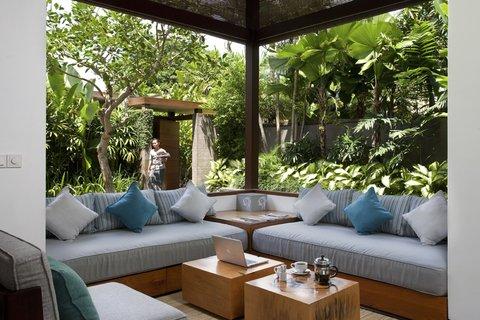 伊利森别墅酒店 - Living Room at One Bedroom Villa