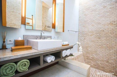 伊利森别墅酒店 - Shower Room and Bathroom Amenities