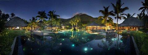 Hilton Seychelles Labriz Resort And Spa - Outdoor Pool at Night