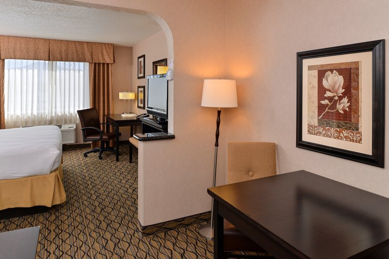 Holiday Inn Express - Medford, OR