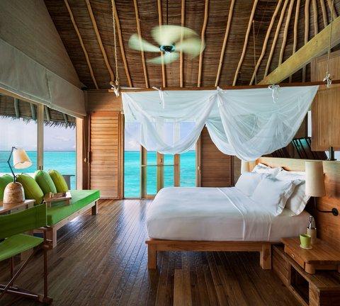 Six Senses Laamu - Laamu Water Villa With Pool Interior A