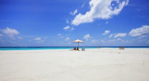 Six Senses Laamu - Beach
