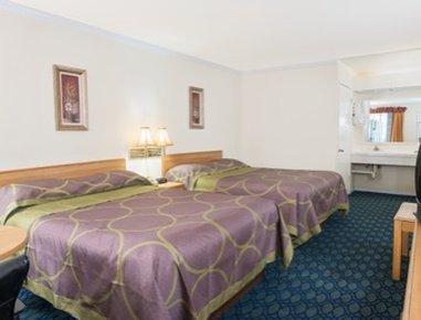 Super 8 Auburn Ca - 2 Queen Bed Guest Room