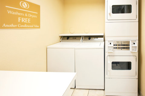 Candlewood Suites FT. LAUDERDALE AIRPORT/CRUISE - Laundry Facility