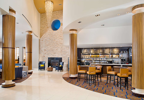 Courtyard By Marriott - Lobby and Bistro