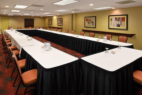 Holiday Inn Express CRESTWOOD - Hold your meeting in Crestwood  IL