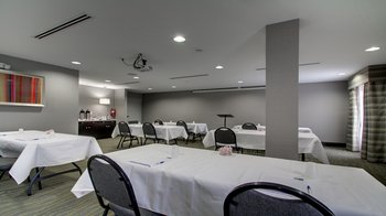 Meeting space at the Holiday Inn Express Jackson Downtown