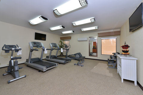 BEST WESTERN PLUS Fresno Airport Hotel - Fitness Room